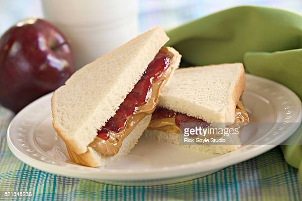 peanut butter & jelly sandwich with apple - peanut butter and jelly sandwich stock pictures, royalty-free photos & images