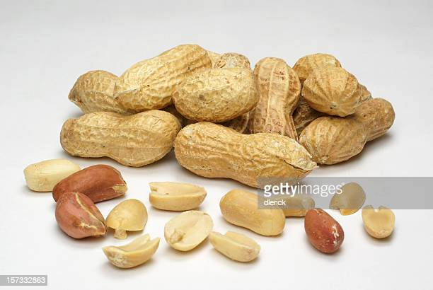 peanuts,shelled and whole