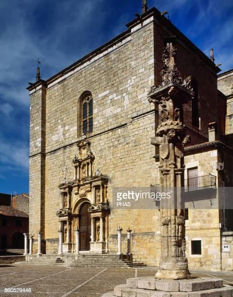 Pe–aranda de Duero Church of Saint Anne Old collegiate church built between 1540 to the beginning if 17th century Dessigned by Rodrigo Gil de...