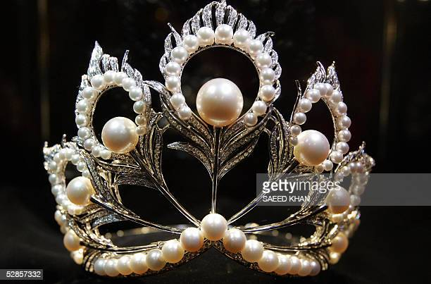 Pearl and diamonds decorated Miss Universe 2005 crown worth 250000 USD put on display by Japan's leading pearl company Mikimoto at a press conference...