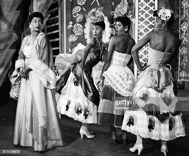 Pearl Bailey as Madame Fleur with her three flowers, L to R: Tulip, Josephine Premice, Pansy, Enid Mosier, Gladiola, Enid Moore, in House of Flowers.