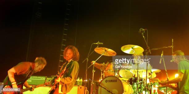 Pearl Jam Eddie Vedder Stone Gossard Jeff Ament Matt Cameron Sportpaleis Antwerp Belgium