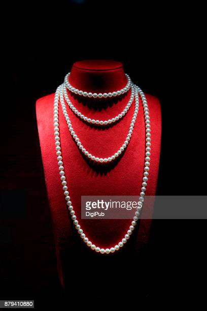 pearl necklace on black background - halsband bildbanksfoton och bilder