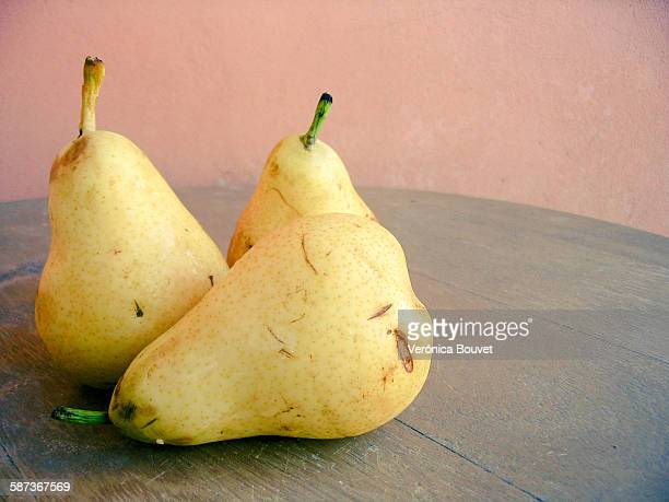pears - miss pears stock pictures, royalty-free photos & images