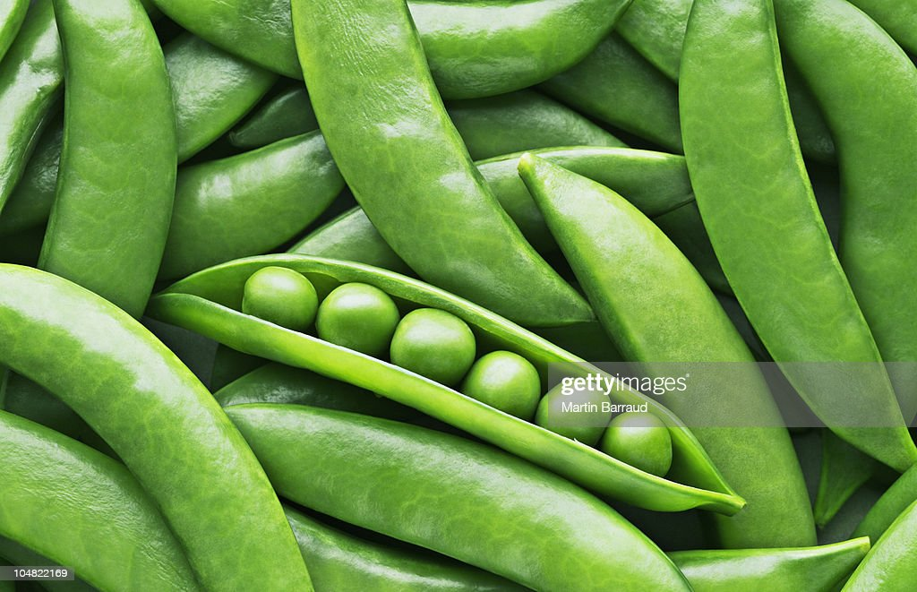 Peas and pea pods : Stock Photo