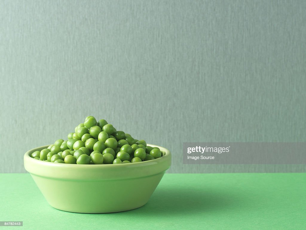 Peas in a bowl : Stock Photo