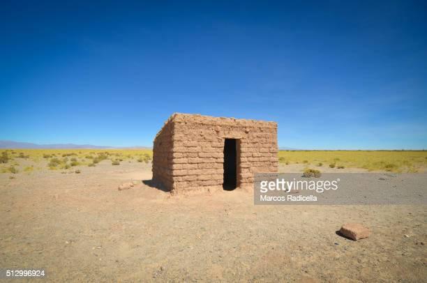 peasant house, in salinas grande, jujuy province, argentina - radicella bildbanksfoton och bilder