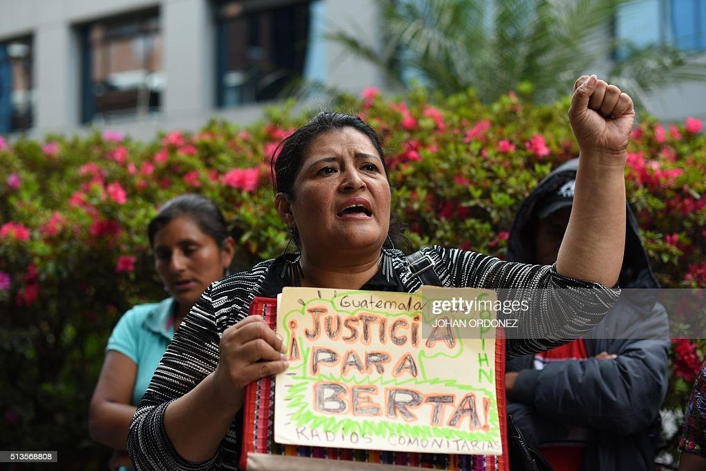 GUATEMALA-HONDURAS-PROTEST-CACERES-MURDER : News Photo