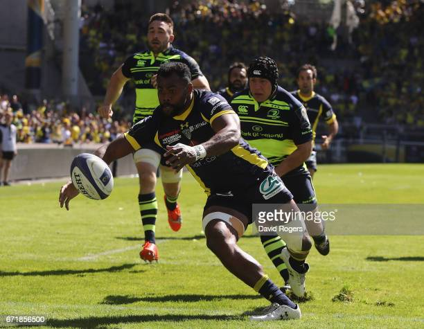 Peceli Yato of Clermont Auvergne dives over for the firs try during the European Rugby Champions Cup semi final match between ASM Clermont Auvergne...