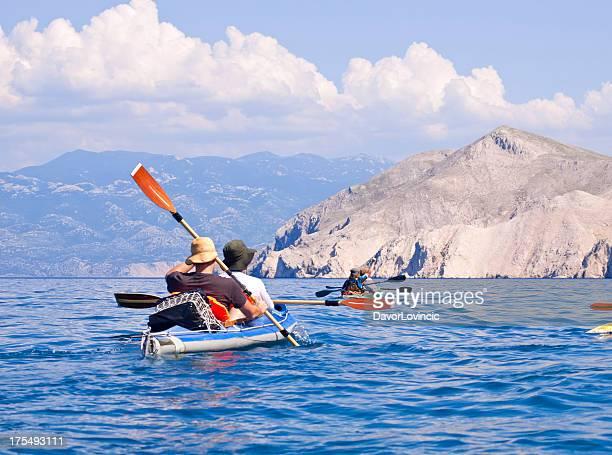 tráfico en kayak - croacia fotografías e imágenes de stock