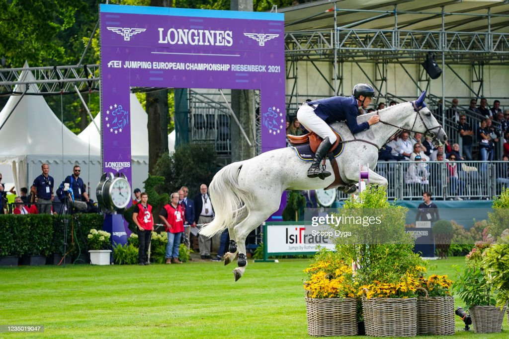 Peder FREDRICSON of Sweden riding Catch Me Not S during the day two... News  Photo - Getty Images