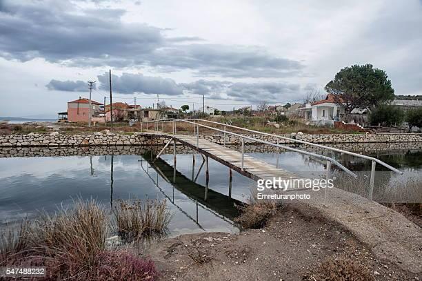 pedestrian bridge across a creek - emreturanphoto stock pictures, royalty-free photos & images