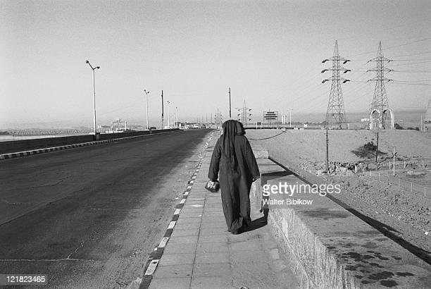 pedestrian by aswan dam, aswan, egypt - aswan stock pictures, royalty-free photos & images