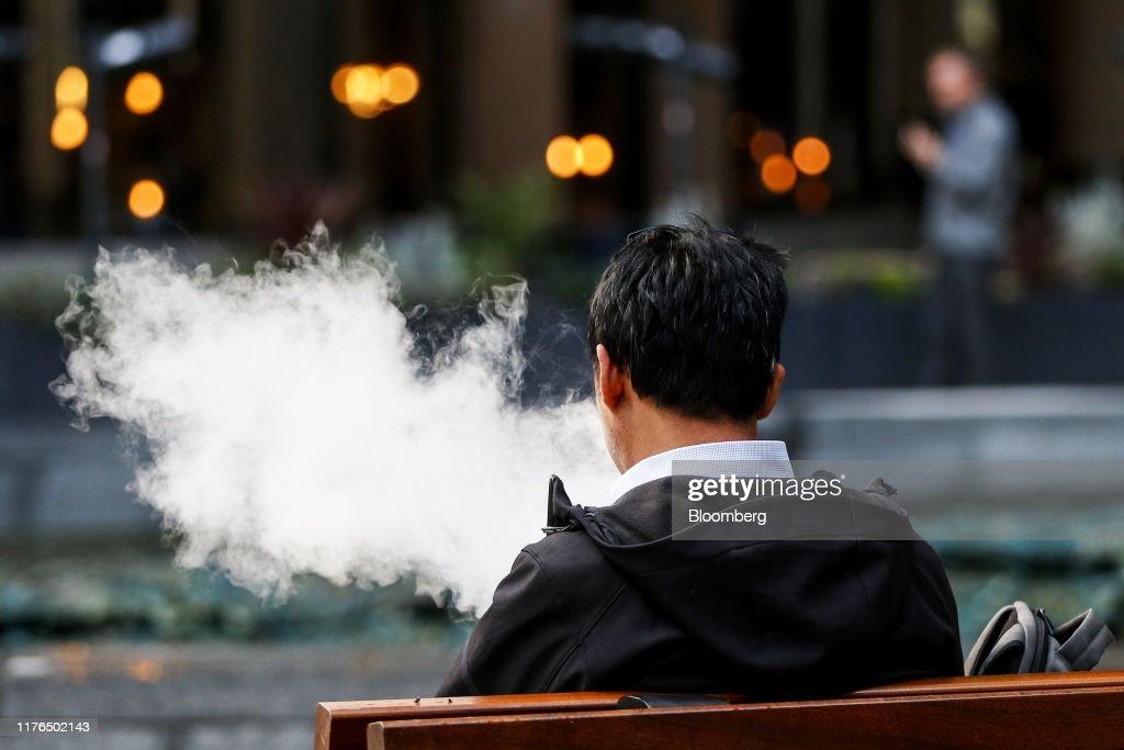Vaping May Help Tens of Thousands Quit Smoking, U.K. Study Shows : News Photo
