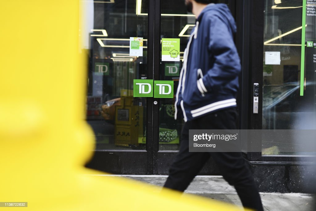 NY: A TD Ameritrade Holding Corp. Bank Branch Ahead Of Earnings Figures