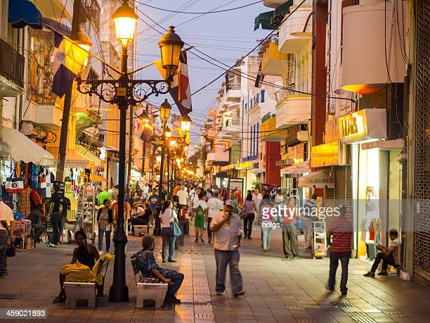 pedestrian street, santo domingo, dominican republic - santo domingo dominican republic stock pictures, royalty-free photos & images