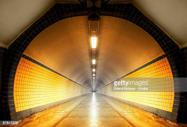 pedestrian tunnel under the schelde river, antwerp - アントワープ ストックフォトと画像