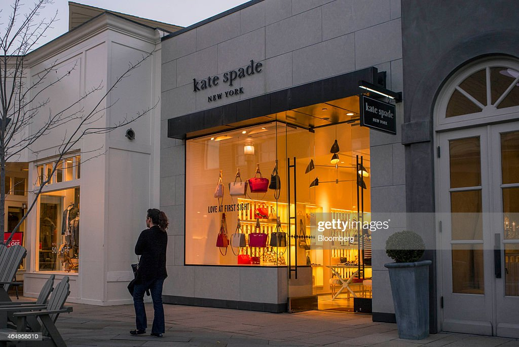 A Kate Spade & Co. Store Ahead Of Earnings Figures : News Photo
