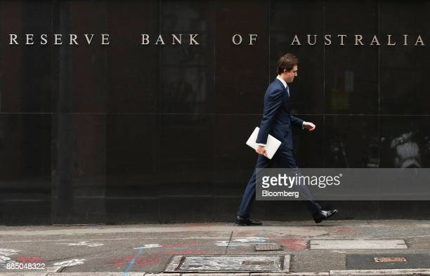 A pedestrian walks past the Reserve Bank of Australia headquarters in Sydney Australia on Monday Dec 4 2017 Australia's central bank is on track for...