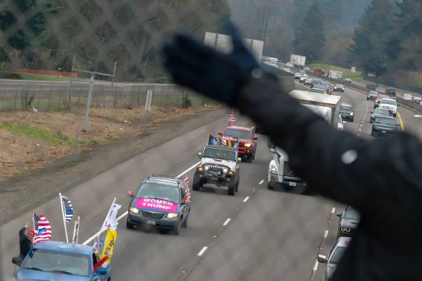 OR: Proud Boys, Pro-Trump Caravan Protest Oregon COVID-19 Lockdown