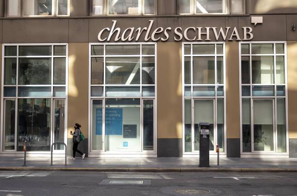 CA: A Charles Schwab Location Ahead Of Earnings Figures