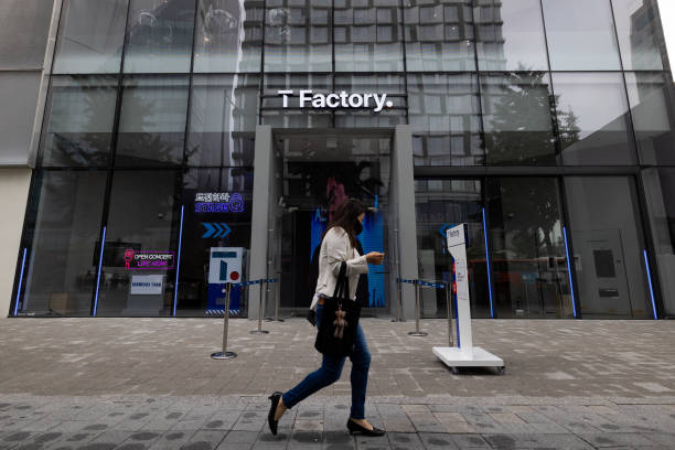 KOR: Inside SK Telecom 'T Factory' Store and VP Huh Seok-joon Interview