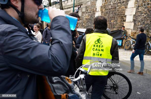 Pedestrians and cyclists assemble to support a carfree riverside promenade along the river Seine on March 10 2018 in Paris France Pedestrians and...