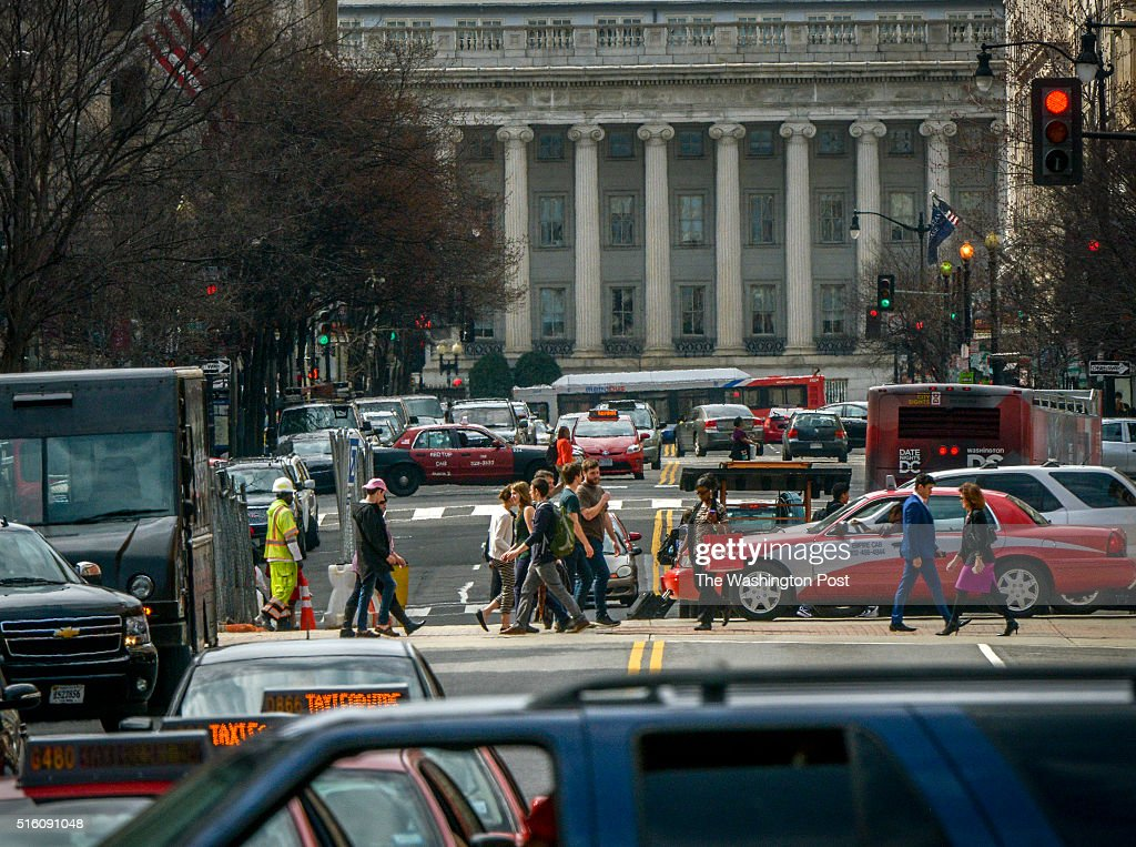 The city deals with a workday with no Metro in operation in Washington, DC. : News Photo