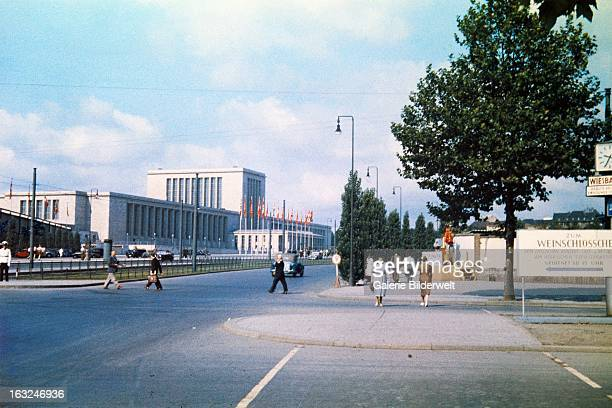 Pedestrians near the Messe fairgrounds at Masuhrenallee in Berlin Westend 1st May 1937 The building was completed in 1937 just in time for the 700th...