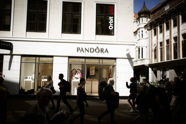 DNK: Pandora A/S Keeps 2019 Guidance But Sees Higher Restructuring Costs