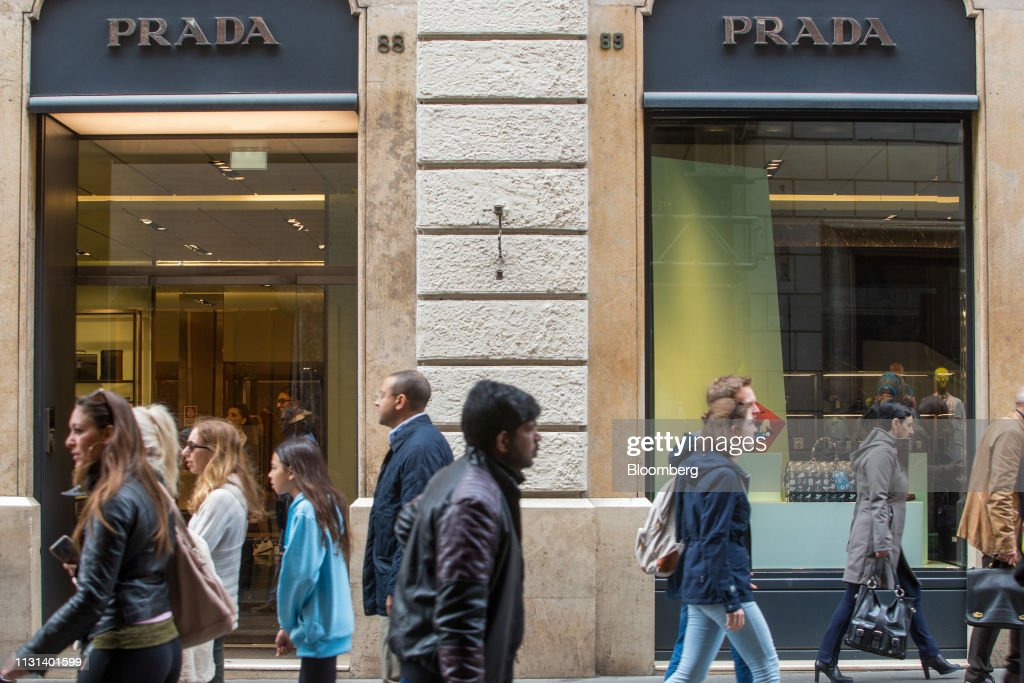 ITA: Prada SpA Loses $700 Million in Value as China Slowdown Hits Profits