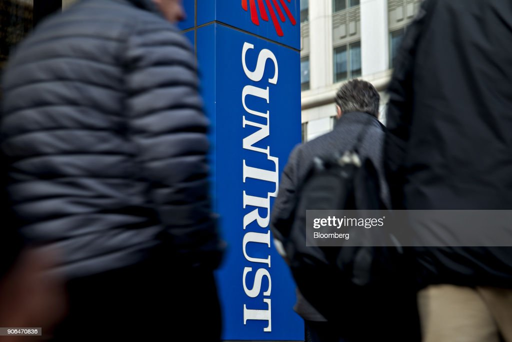 A SunTrust Banks Inc. Branch Ahead Of Earnings Figures