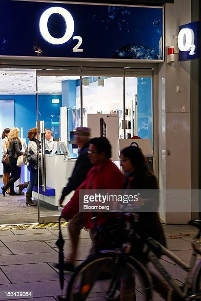 Worlds Best Germany Mobile Phone Store As Telefonica Sa