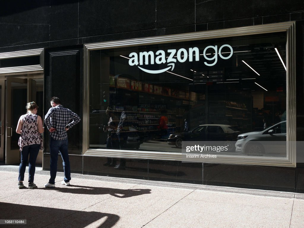 Amazon Go Store In Chicago : News Photo