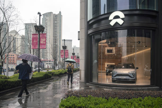 CHN: Inside a NIO Showroom As Automaker Reports Earning Results
