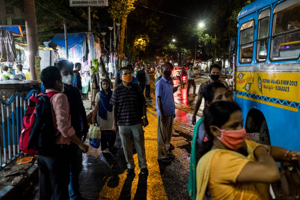 IND: Indian Economy Heads for Double-Digit Plunge as Virus Spikes
