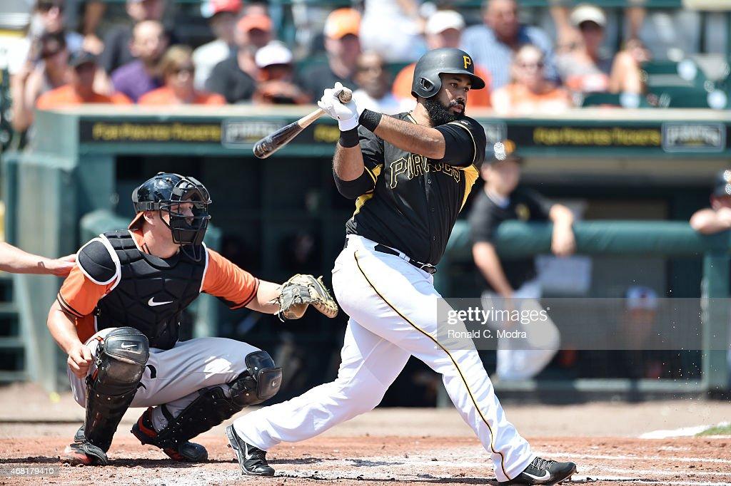 Baltimore Orioles v Pittsburgh Pirates : News Photo