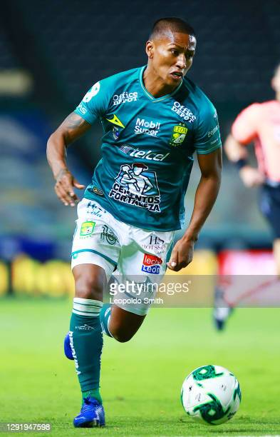 Pedro Aquino of Leon drives the ball during the Final second leg match between Leon and Pumas UNAM as part of the Torneo Guard1anes 2020 Liga MX at...