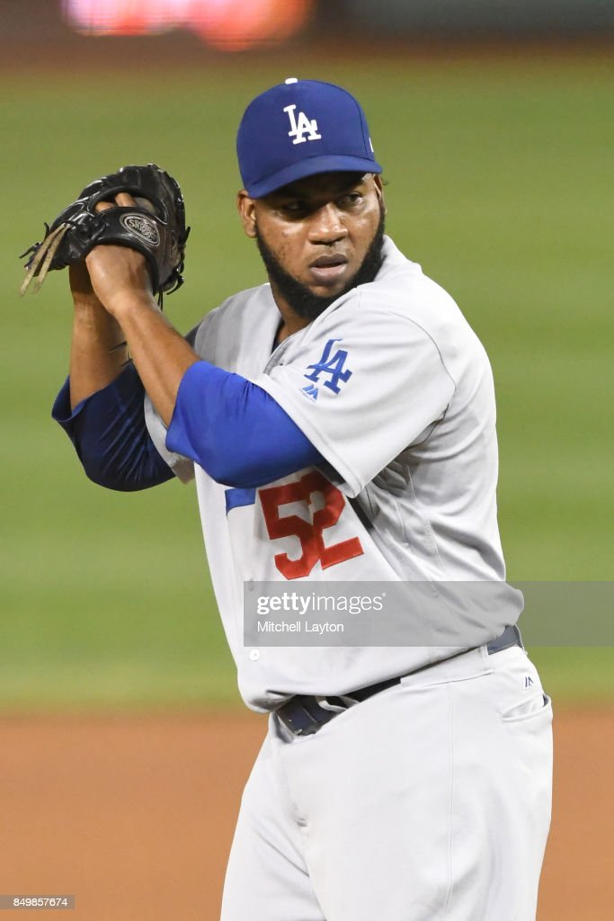 Los Angeles Dodgers v Washington Nationals : News Photo