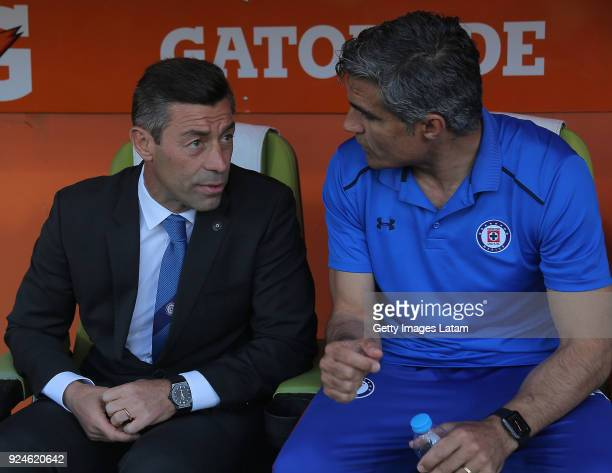 Pedro Caixinha coach of Cruz Azul looks on during the 9th round match between Santos Laguna and Cruz Azul as part of Torneo Clausura 2018 Liga MX at...