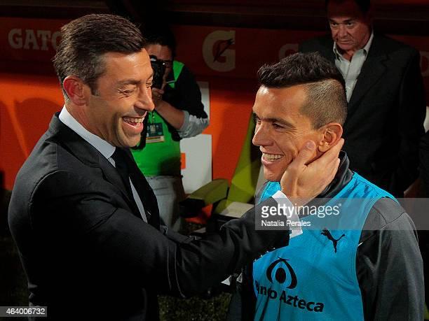 Pedro Caixinha coach of Santos and Juan Pablo Rodriguez of Atlas joke prior a match between Santos Laguna and Atlas as part of 7th round Clausura...