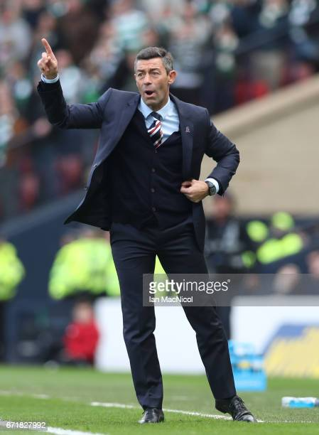 Pedro Caixinha manager of Rangers gives instructions during the Scottish Cup SemiFinal match between Celtic and Rangers at Hampden Park on April 23...