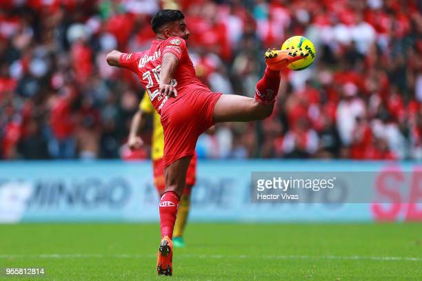 Pedro Canelo of Toluca kicks the ball during the quarter finals second leg match between Toluca and Morelia as part of the Torneo Clausura 2018 Liga...