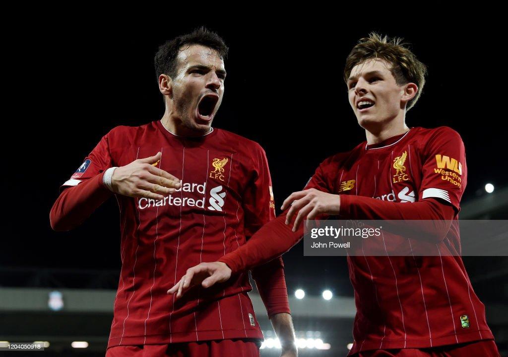Liverpool FC v Shrewsbury Town - FA Cup Fourth Round: Replay : Nachrichtenfoto