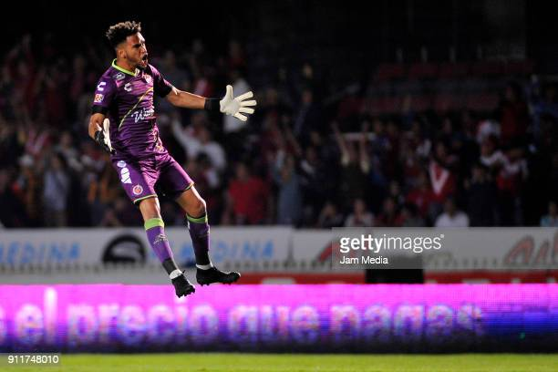 Pedro Gallese goalkeeper of Veracruz celebrates after the first goal of his team during the 4th round match between Veracruz and Santos Laguna as...