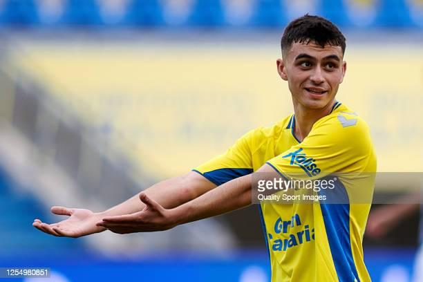 Pedro Gonzalez Lopez 'Pedri' of Las Palmas reacts during the La Liga Smartbank match between UD Las Palmas and SD Ponferradina at Estadio Gran...