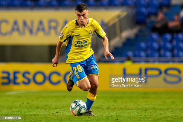Pedro Gonzalez Lopez 'Pedri' of Las Palmas runs with the ball during the match between Las Palmas and Rayo Vallecano at Estadio Gran Canaria on...