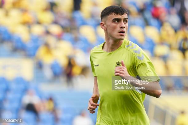 Pedro González López 'Pedri' of Las Palmas looks on prior the match between Las Palmas and Cadiz at Estadio Gran Canaria on February 08 2020 in Las...