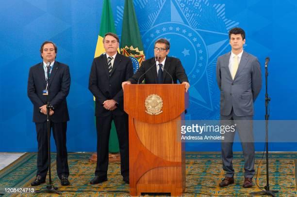 Pedro Guimarães president of the federal bank Caixa Economica Federal President of Brazil Jair Bolsonaro Roberto Campos Neto president of the Central...