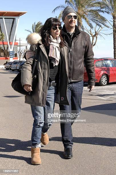 Pedro Larranaga and Maribel Verdu visit Carlos Larranaga on February 5 2012 in Benalmadena Spain Carlos Larranaga has been undergoing a surgery to...